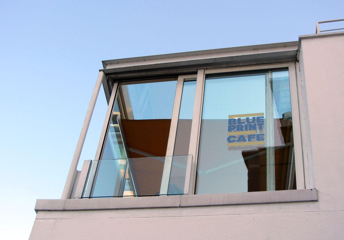 London eating tower bridge watching at the blueprint cafe elaine blueprint cafe 1st floor design museum 28 shad thames london se1 2yd telephone 020 7378 7031 malvernweather Images